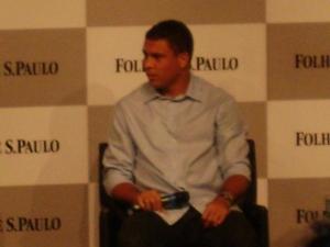 """""""O corintiano realmente é diferente"""", diz Ronaldo"""
