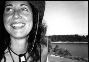Keri e sua felicidade transparente
